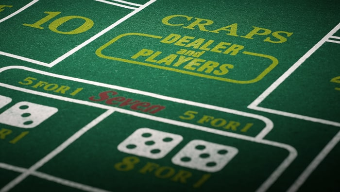 Online Craps : Four Things to Avoid When Playing Craps