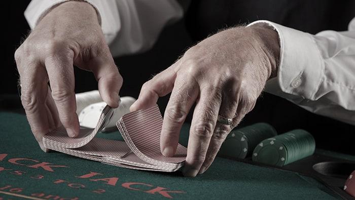 Blackjack House Edge: Automatic Versus Continuous Shufflers